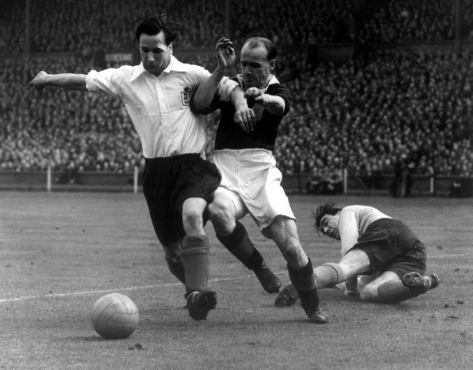 Soccer - Home International Championship - England v Scotland